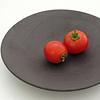 黒焼〆変形丸和皿
