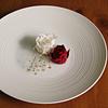 白磁千段リム皿